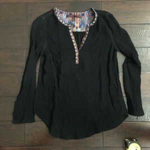 Anthropologie A Common Thread Black Top Small
